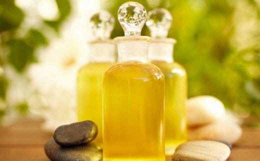 Желток и масло