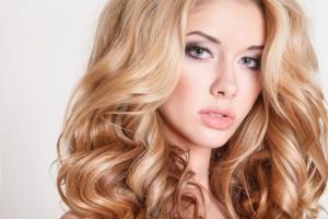 Как быстро осветлить волосы в домашних условиях